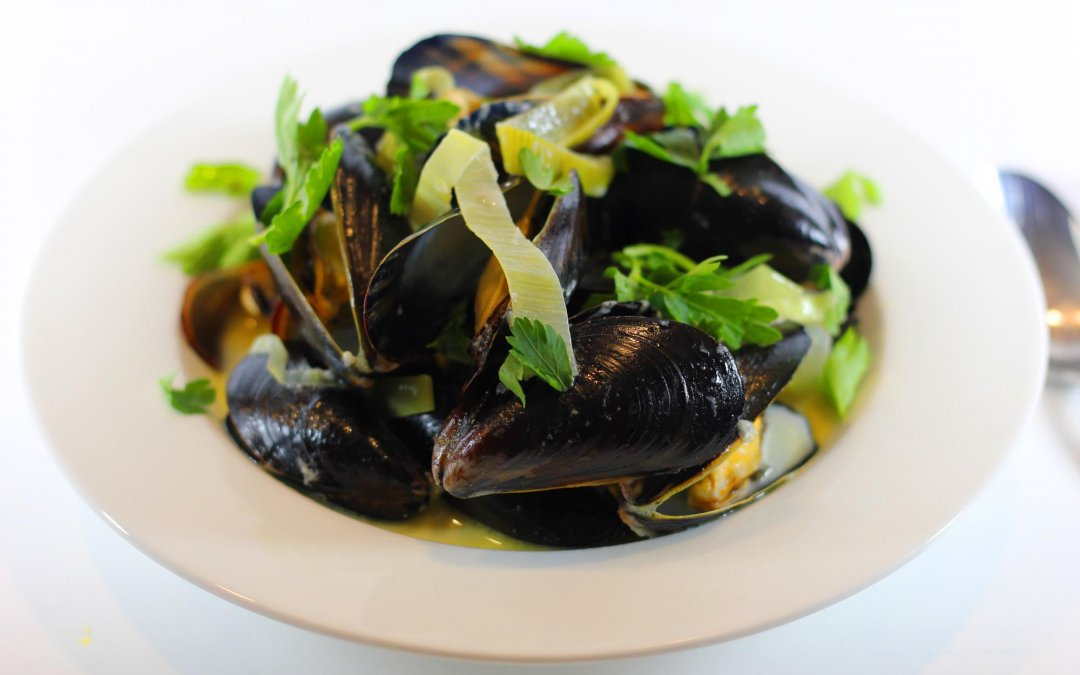 Traditional French Moules (Mussels)