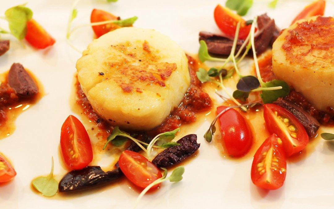 Seared Scallops with Fresh Puttanesca Sauce