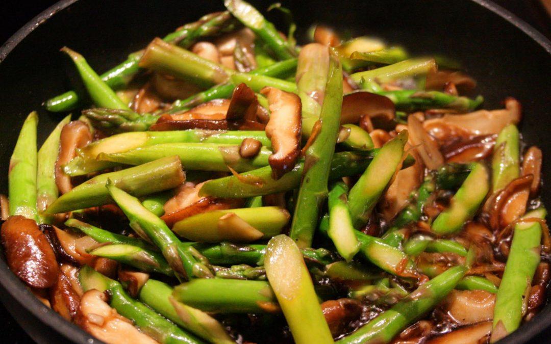 Stir Fried Asparagus with Shitake Mushrooms